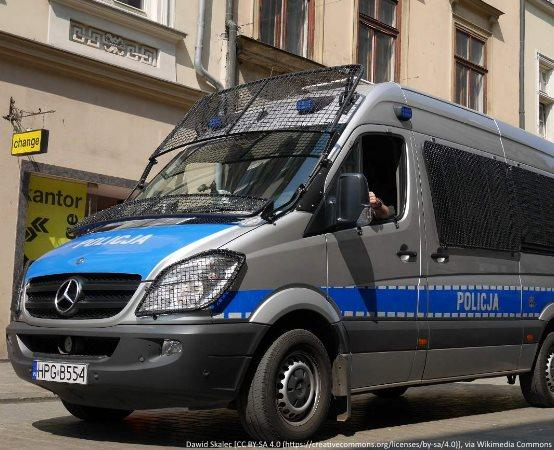 Policja Rzeszów: Utrudnienia drogowe na Podkarpaciu w związku z opadami deszczu - aktualizacja
